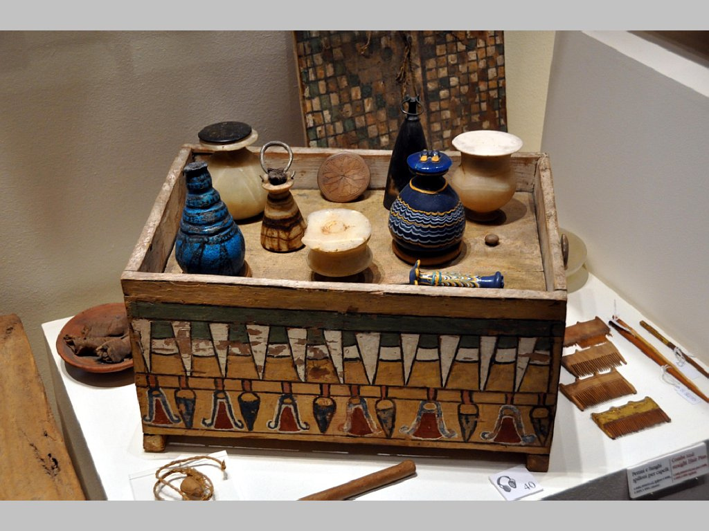 Egipto kosmetikos dėžutė