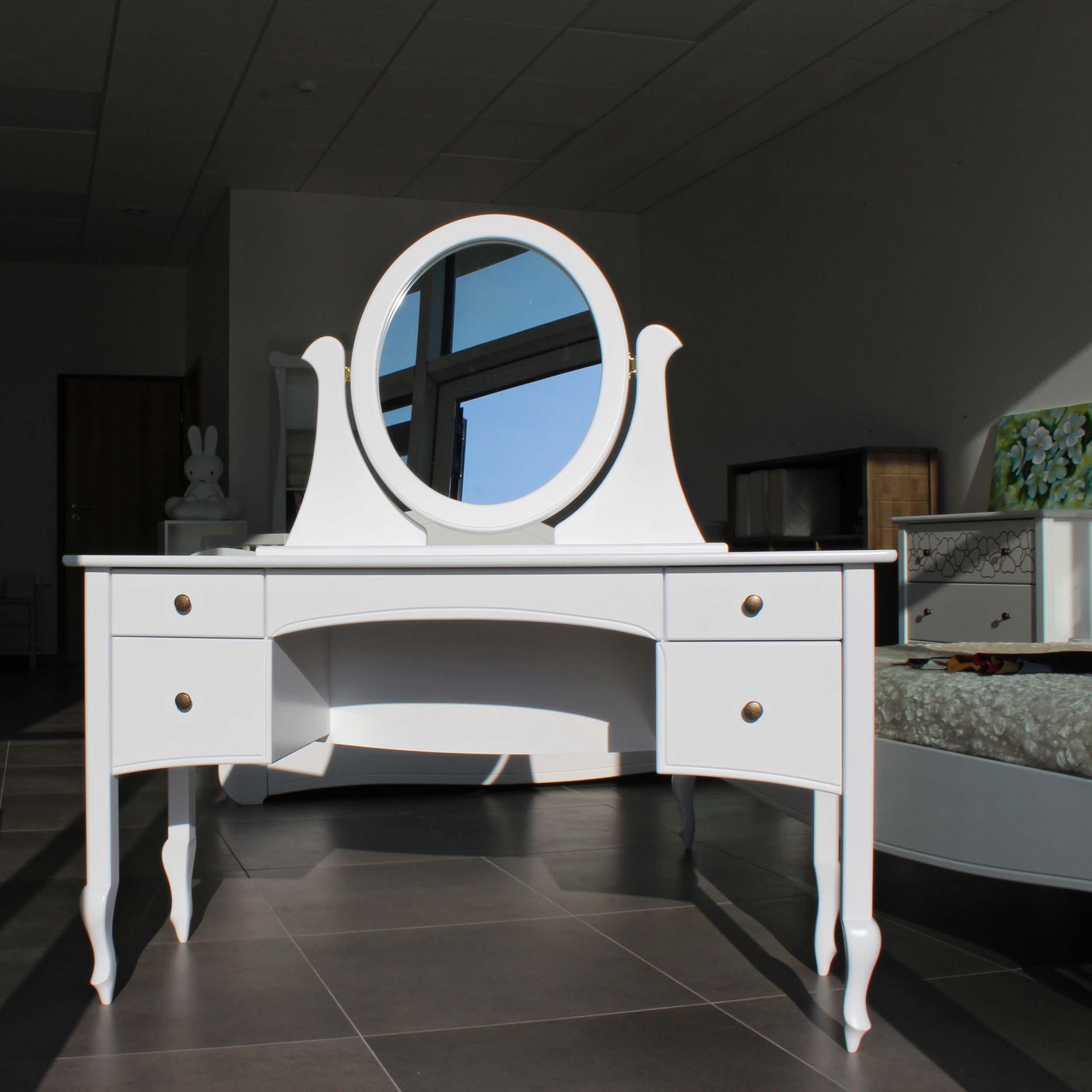 Kosmetinis stalas MADAM
