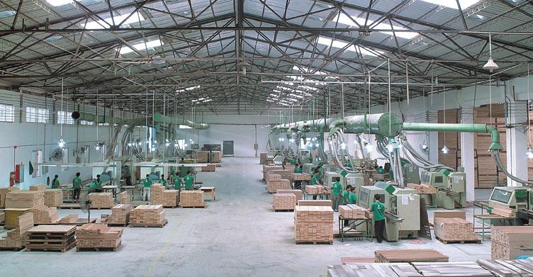 Masinė baldų gamyba